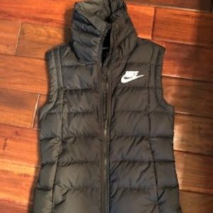 Nike Puffy Vest
